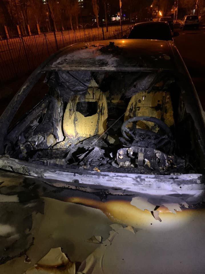 В Киеве сожгли авто главы экоинспекции, - ФОТО, фото-1