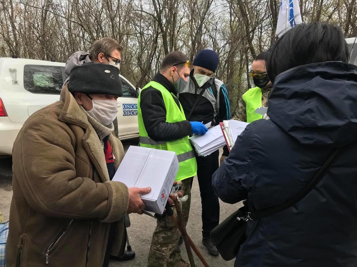 Возле КПВВ Майорск начался обмен пленными между Украиной и ОРДО, контролируемой Россией, - ФОТО, фото-4