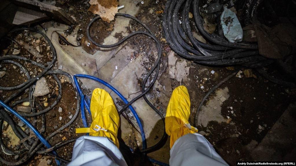 ФОТОРЕПОРТАЖ из разрушенного саркофага Чернобыльской  АЭС, фото-1