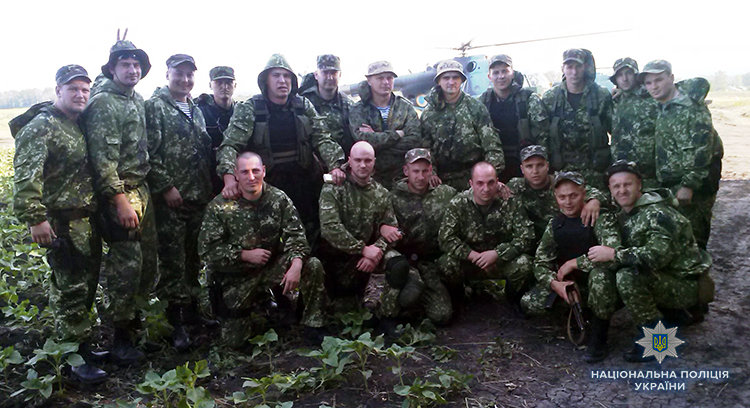 Первая серьезная потеря РФ. Как украинский полицейский уничтожил российский танк, - ФОТО, фото-2