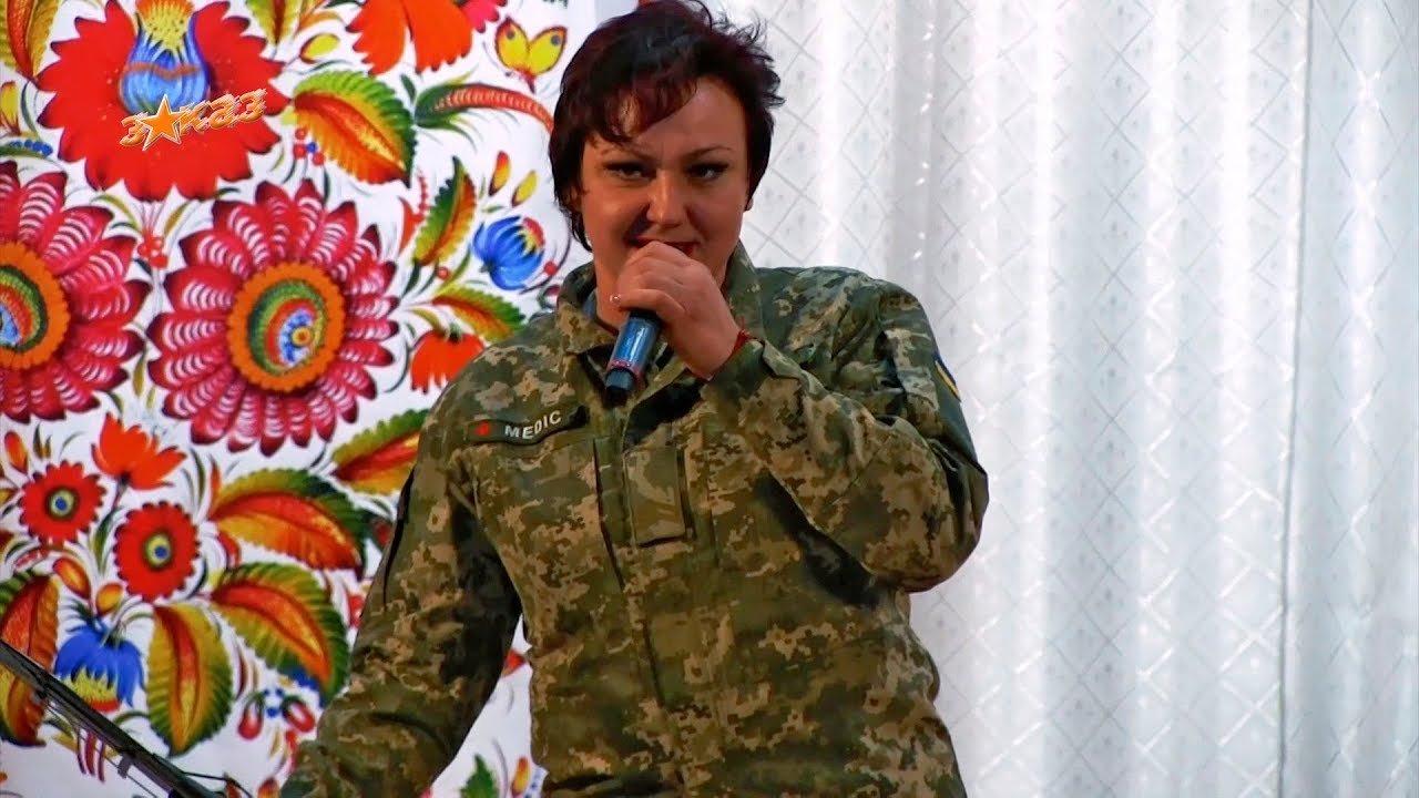 """Финалистка """"Х-фактора"""" Катерина Соколенко ушла медсестрой на фронт, - ФОТО , фото-1"""