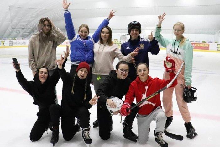 В Мариуполе прошла первая тренировка женской хоккейной команды, - ФОТО, фото-1