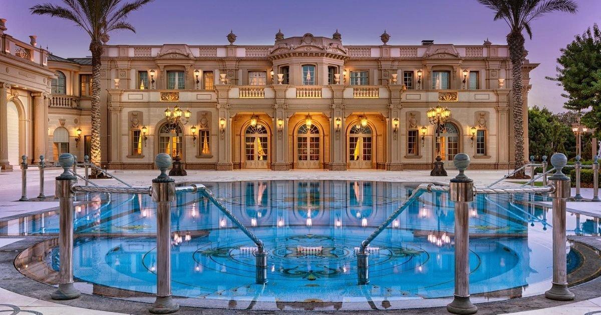 Олигарх родом из Мариуполя выставил в Израиле дворец за 258 миллионов долларов, - ФОТО, фото-1