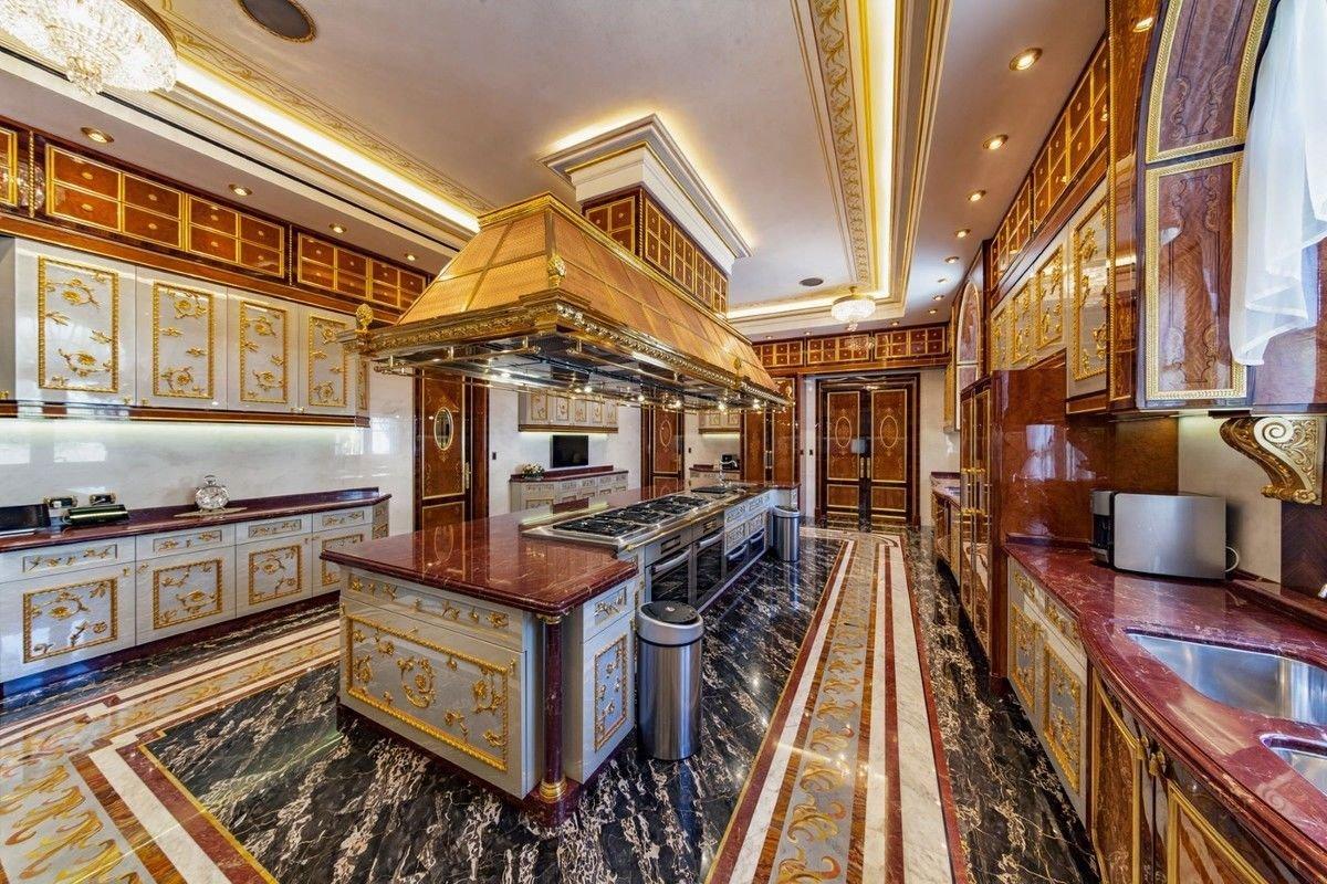 Олигарх родом из Мариуполя выставил в Израиле дворец за 258 миллионов долларов, - ФОТО, фото-4