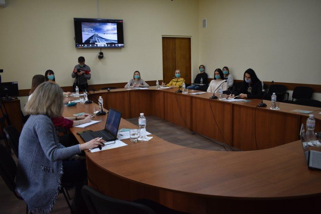 В МГУ молодые журналисты встретились с екс-редактором Всемирной службы новостей BBC, фото-3