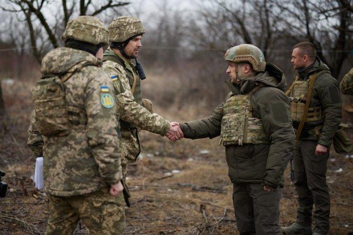 Обострение на Донбассе. Как Украина ответит на снайперский огонь боевиков, фото-1