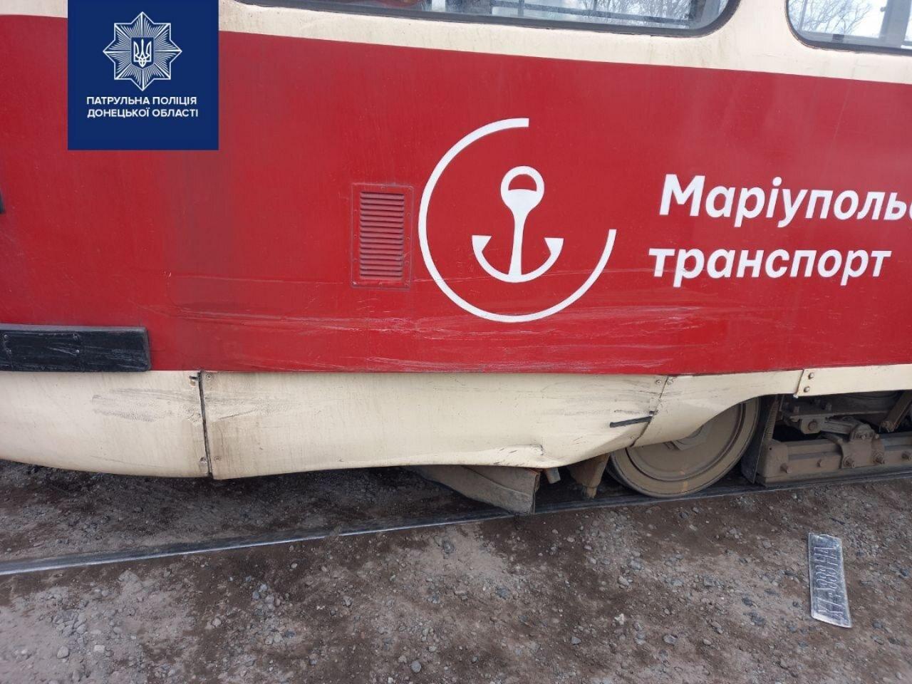 """Мариуполец на """"Тойоте"""" врезался в трамвай, - ФОТО, фото-2"""