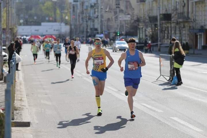 Мариуполец занял 3-е место в Международном престижном марафоне, фото-3