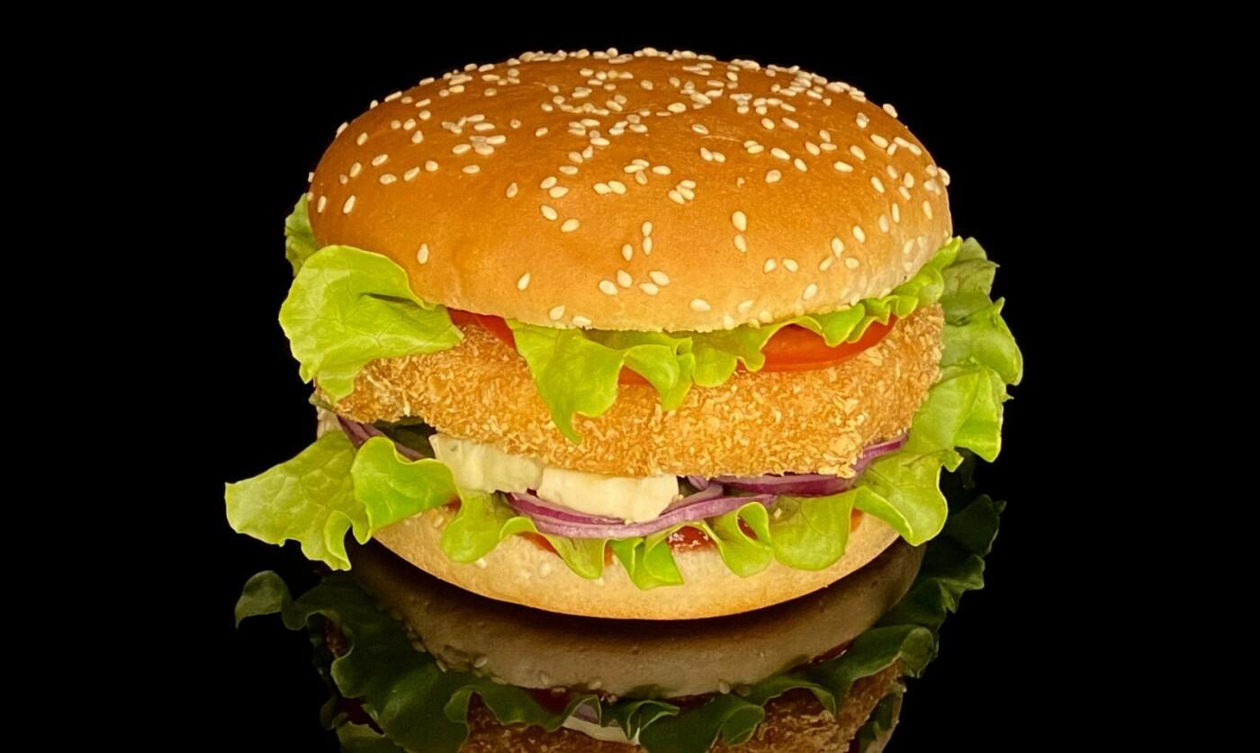 """Чем побаловать себя на выходных? Бургер меню и только от """"Max Fish"""", фото-1"""