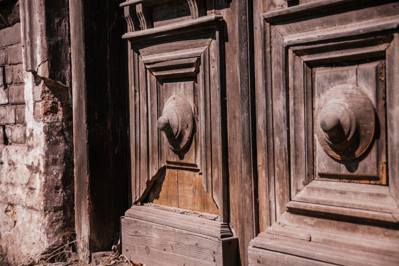 Двері мають значення. Скільки в Маріуполі старовинних дверей, і що з ними будуть робити, - ФОТО, фото-13