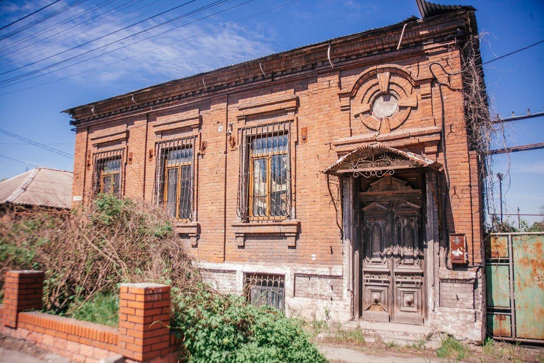 Двері мають значення. Скільки в Маріуполі старовинних дверей, і що з ними будуть робити, - ФОТО, фото-11