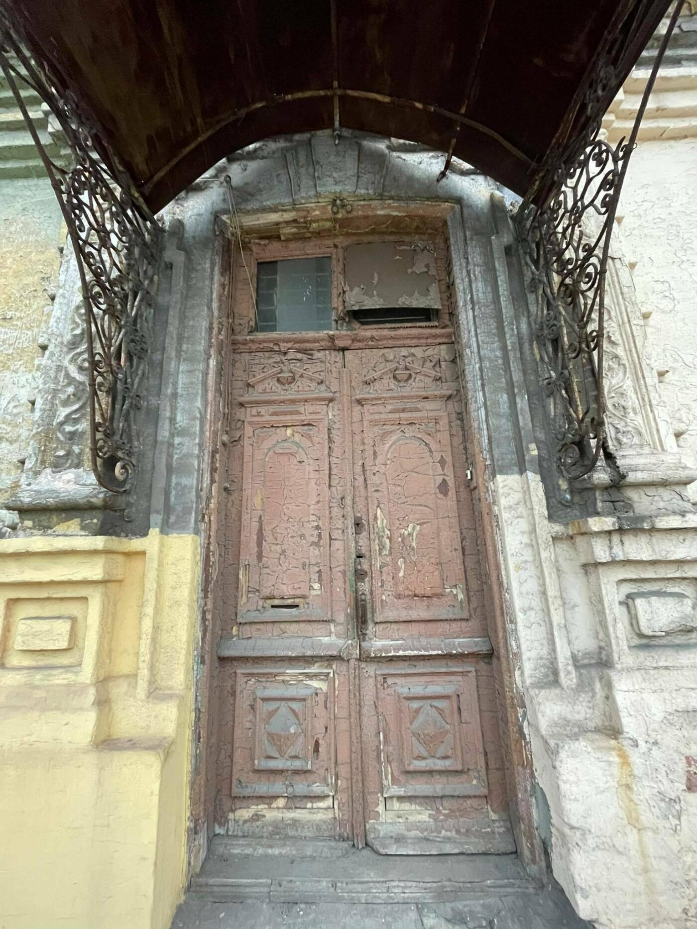 Двері мають значення. Скільки в Маріуполі старовинних дверей, і що з ними будуть робити, - ФОТО, фото-21