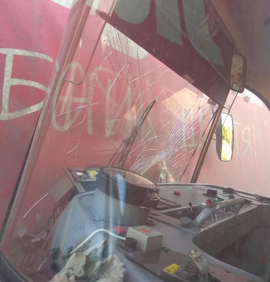В Мариуполе трамвай влетел в фуру, - ФОТО, фото-5