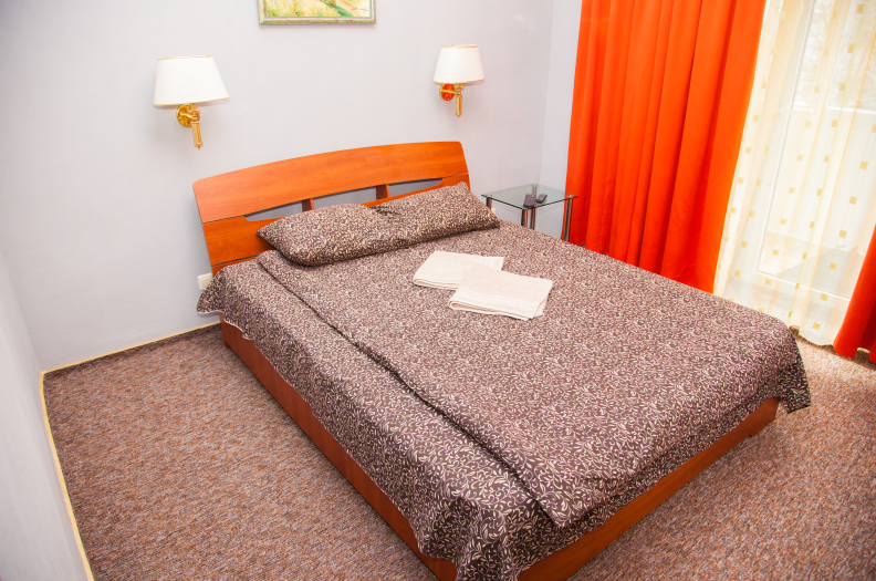 Снять квартиру посуточно в Запорожье у хозяев